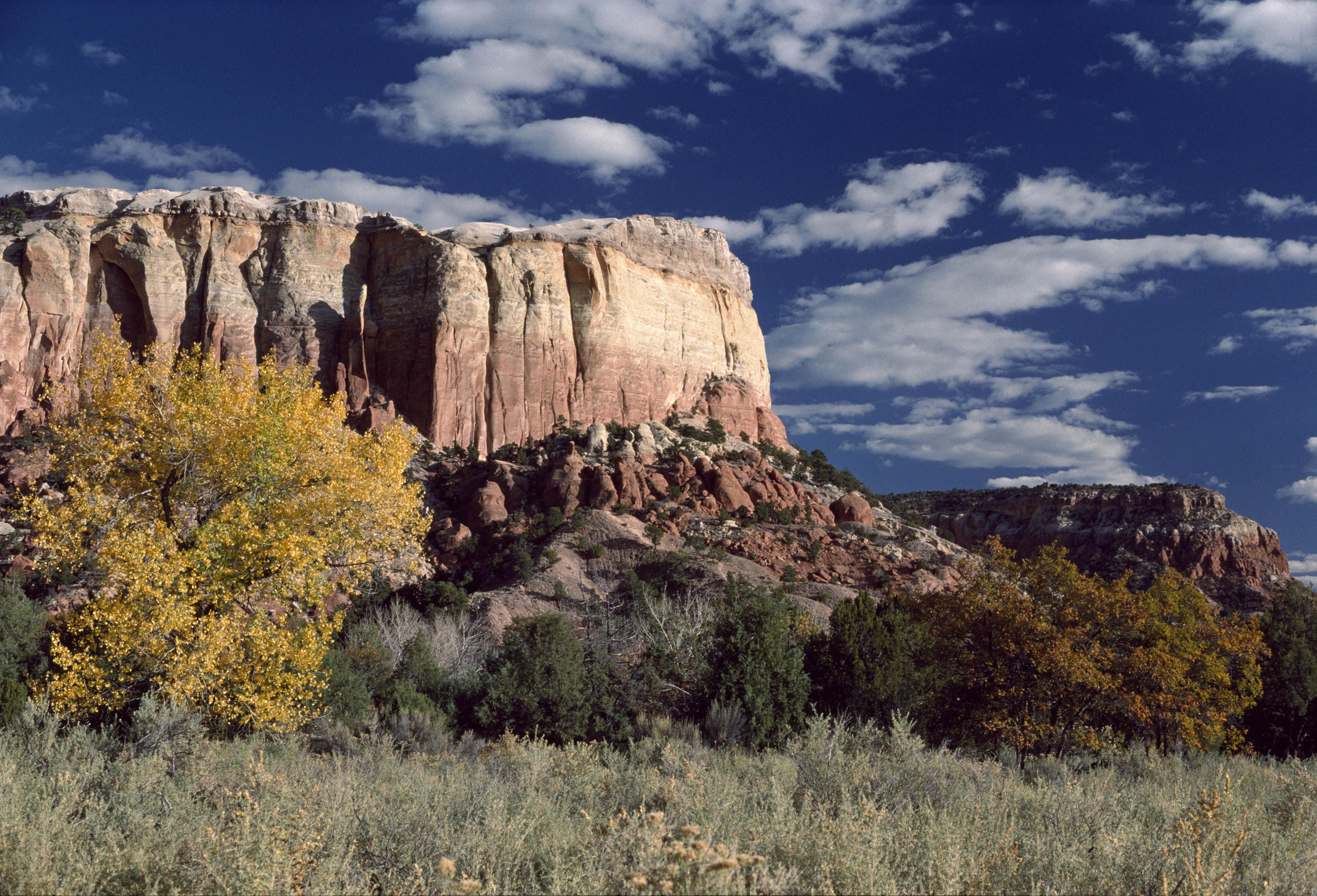 Ghost Ranch, former home of painter Georgia O'Keeffe, New Mexico, USA, 1989